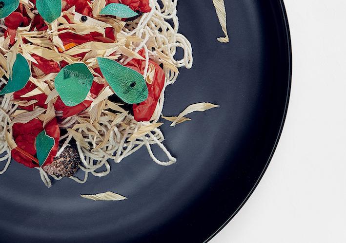detail spaghetti rubdish